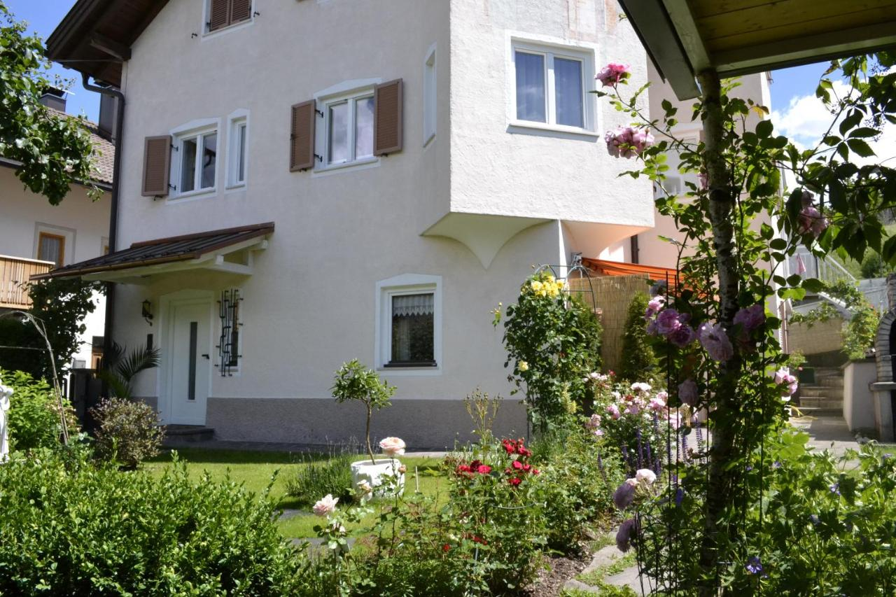 Guest Houses In Valdaora Di Sotto Trentino Alto Adige