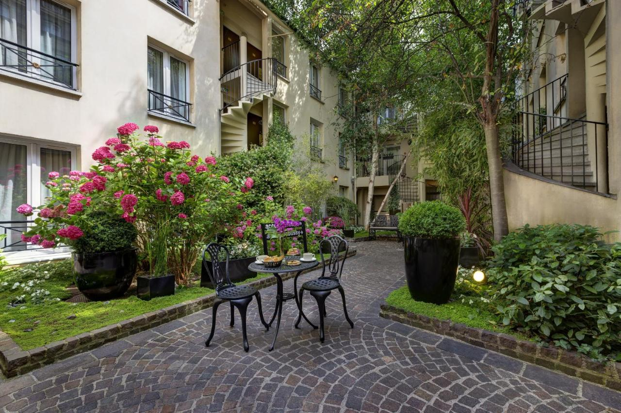 Hotel Le Patio Bastille Paris France Booking Com