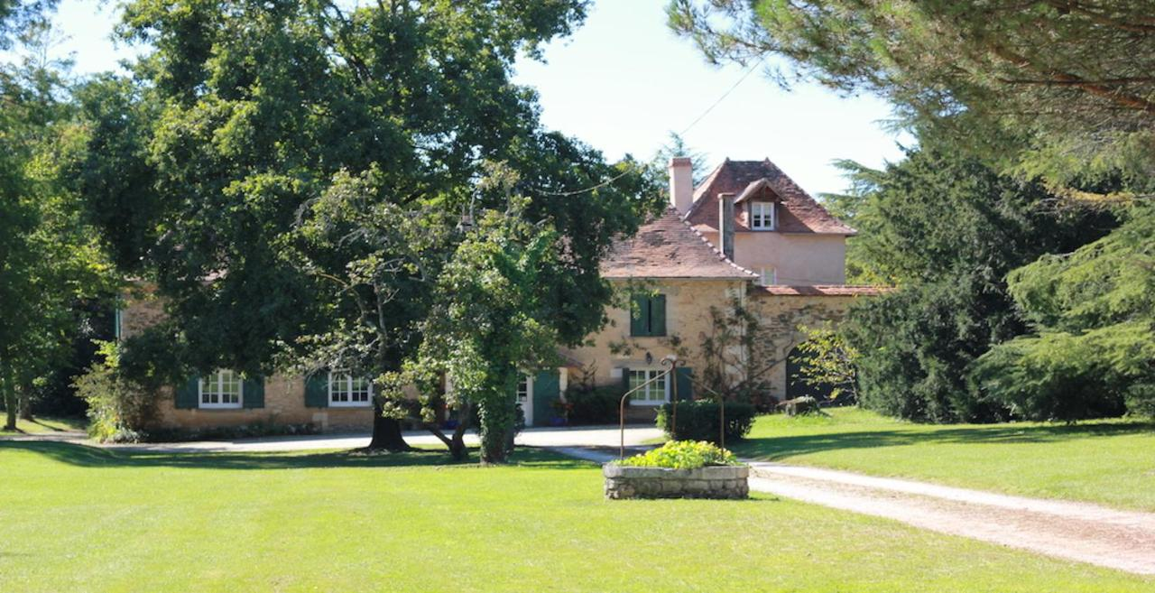 Guest Houses In Vergne-libert Aquitaine