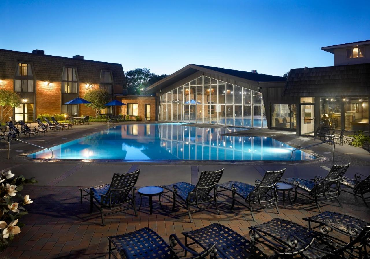 Resorts In Hoffman Estates Illinois