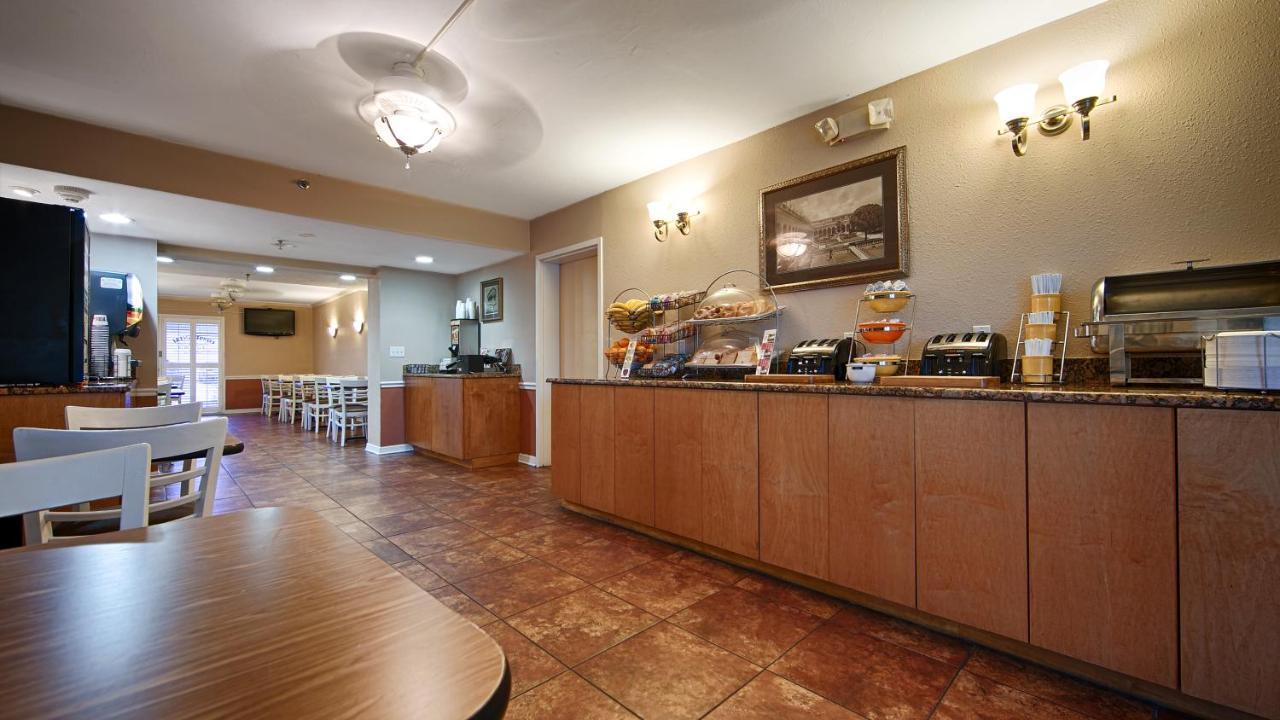 Baymont Inn & Suites Sarasota (USA Sarasota) - Booking.com