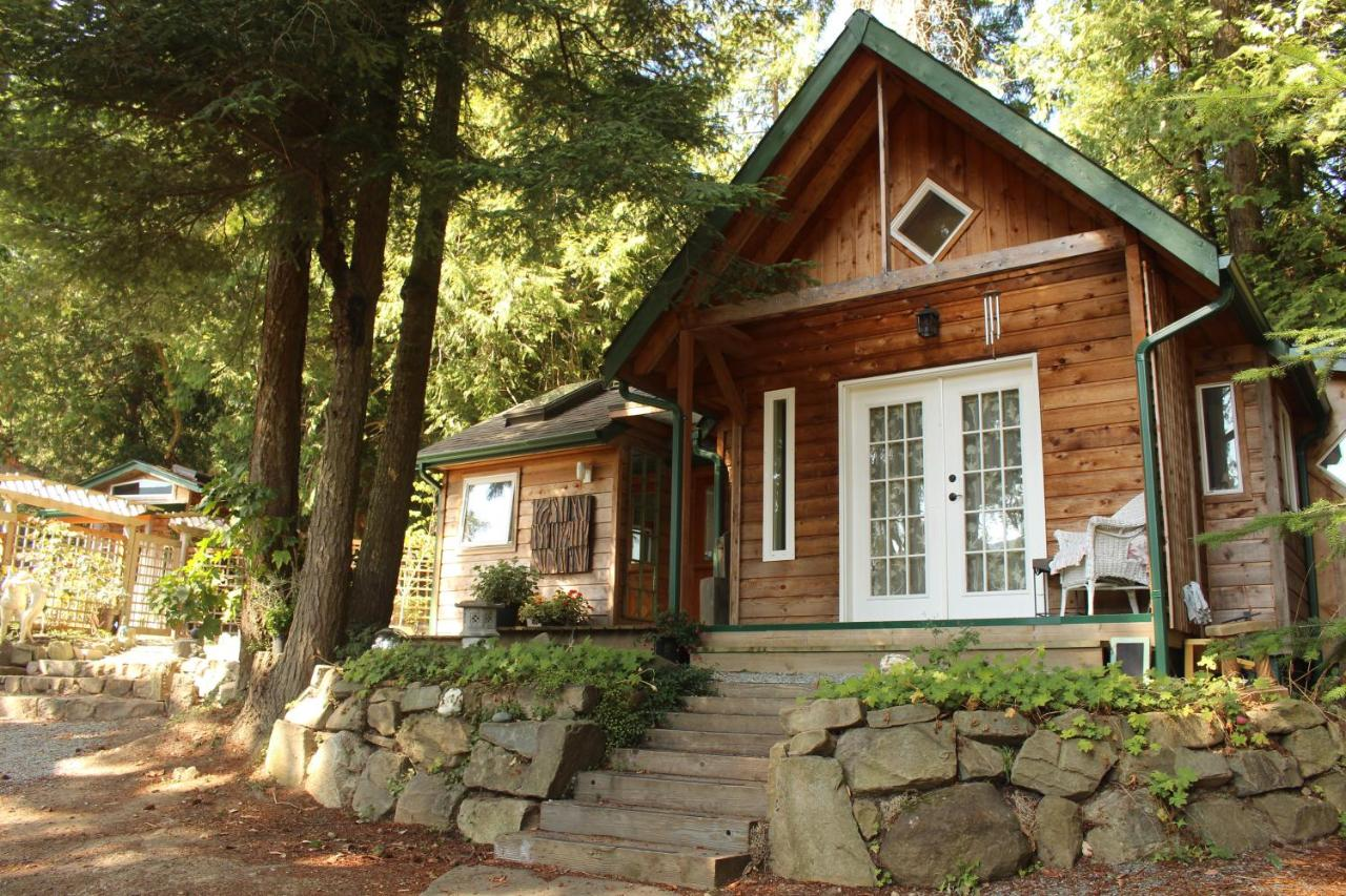 Guest Houses In Long Harbour Salt Spring Island
