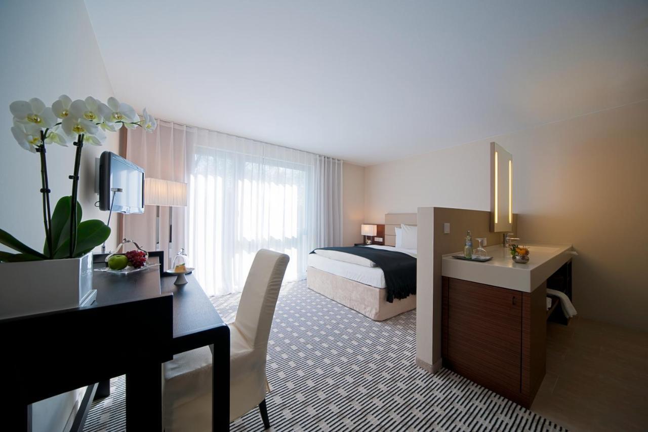 Seehotel Die Ente Deutschland Schwetzingen Booking Com