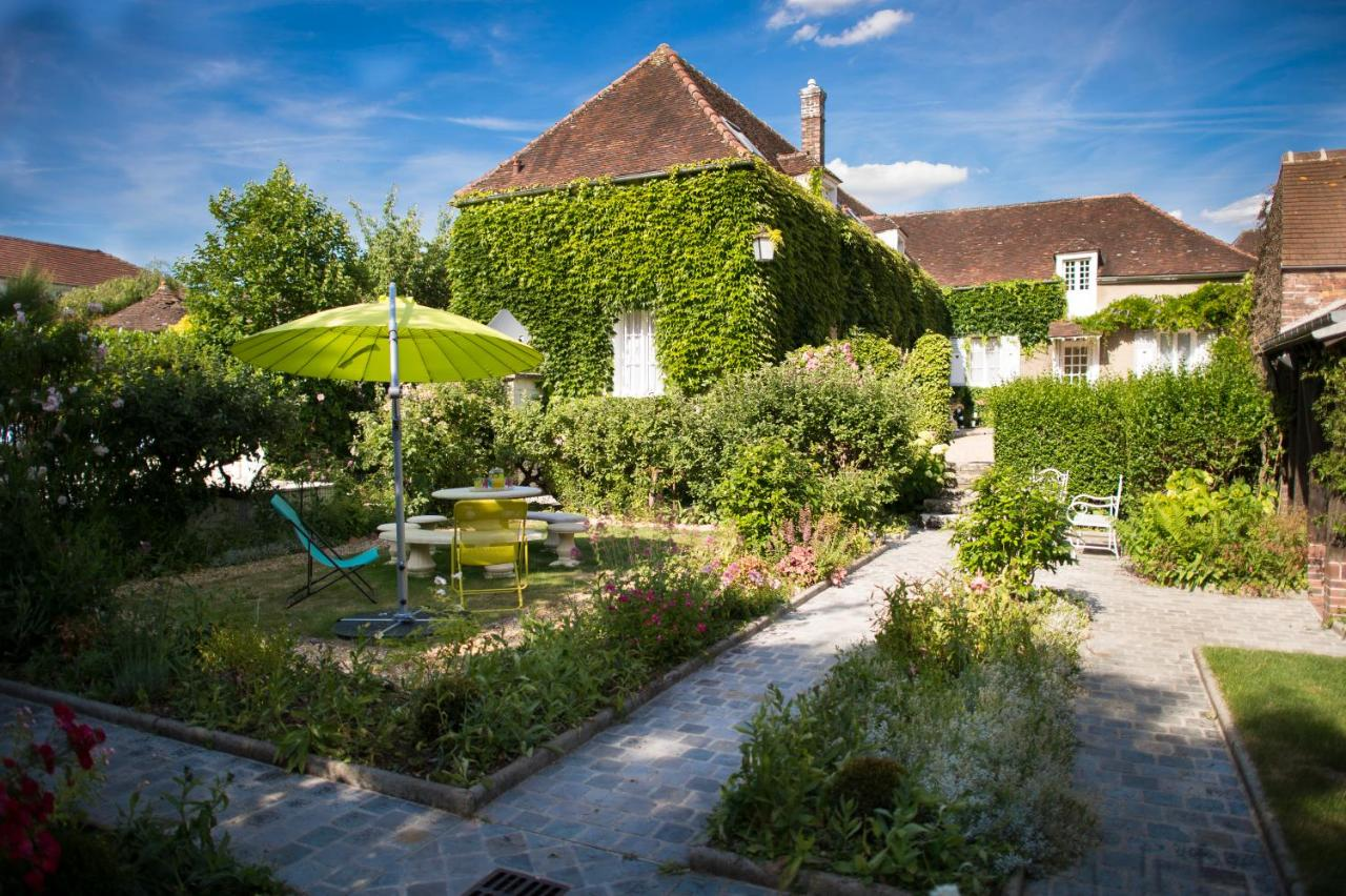 Bed And Breakfasts In Tréon Centre