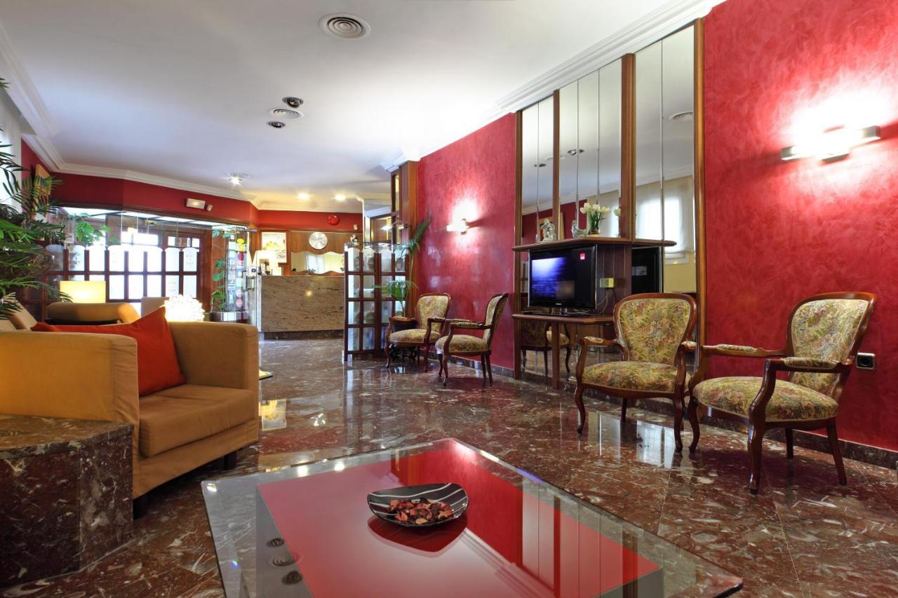 Hotels In Bellcaire D'empordà Catalonia