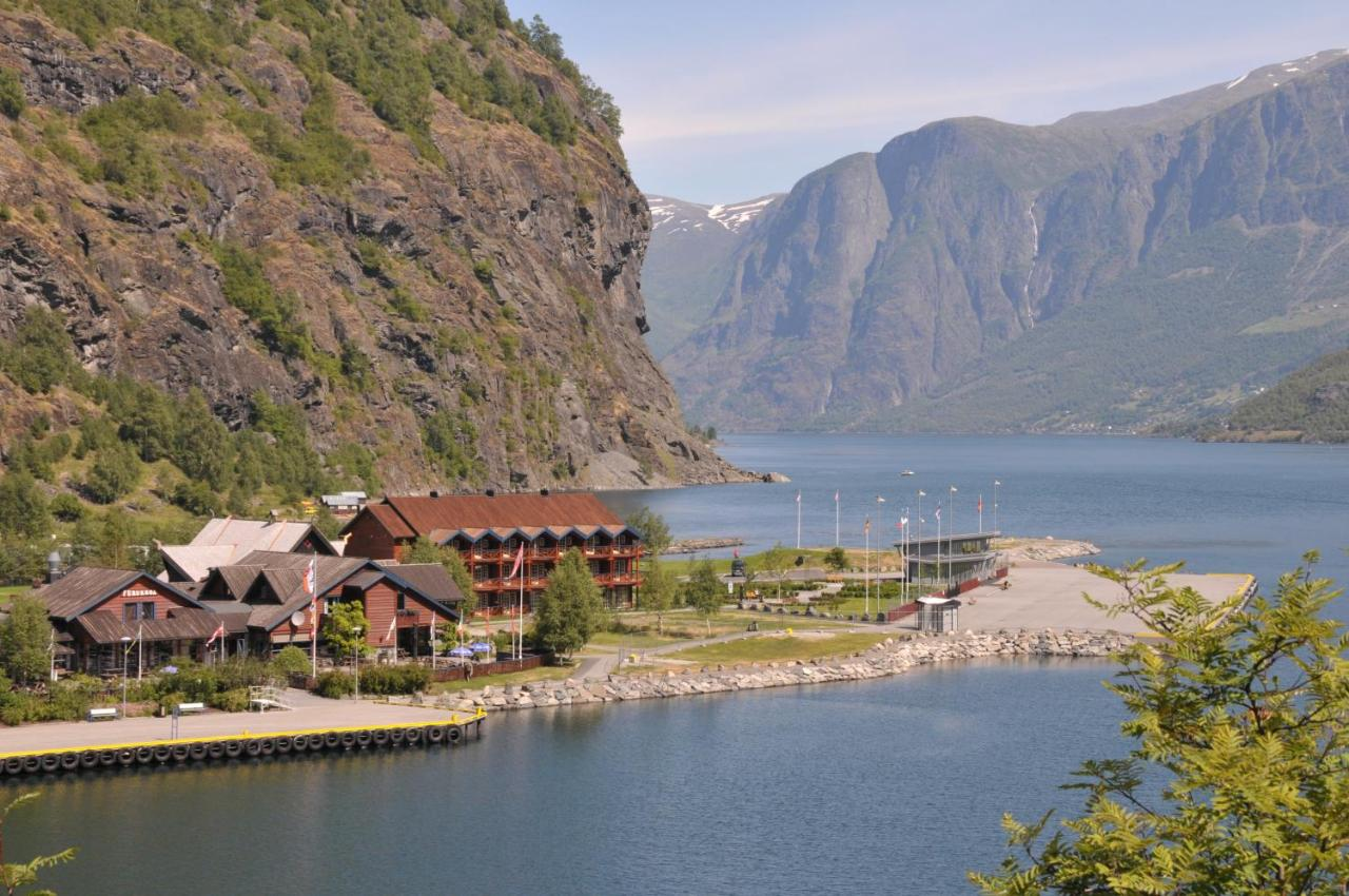 Hotels In Mjølfjell Hordaland