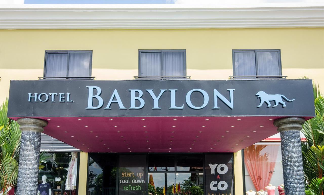 Hotels In Santigron