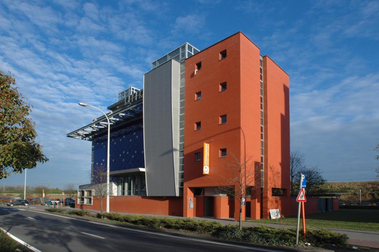 Hostels In Aartselaar Antwerpen Province