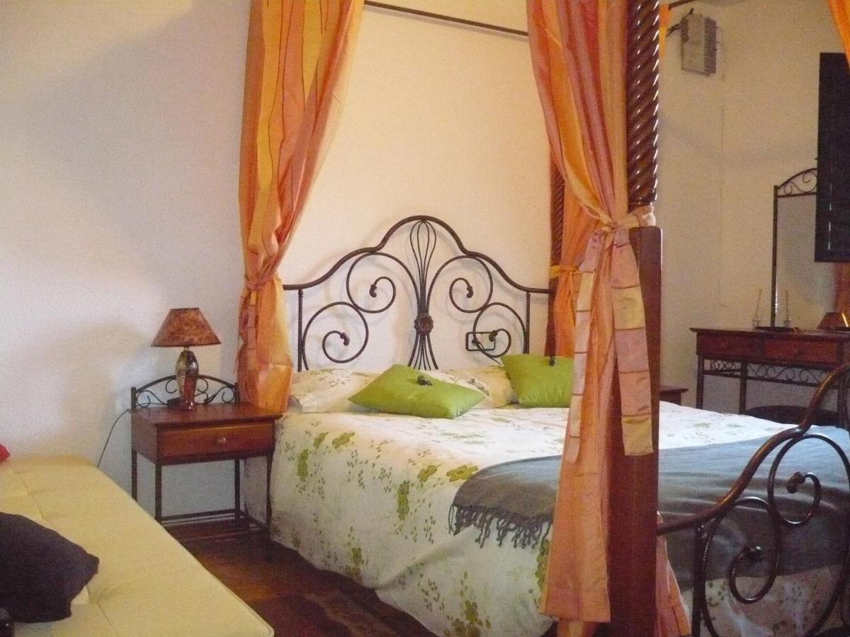 Hotels In Valdecabras Castilla-la Mancha