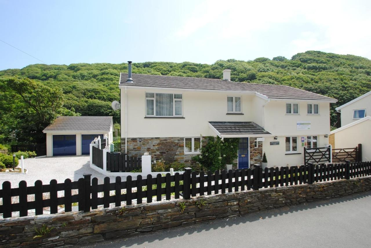 Guest Houses In Saint Gennys Cornwall