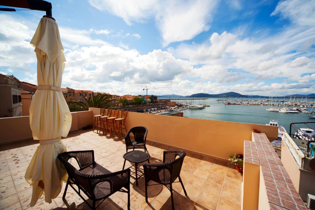 Bed & Breakfast La Terrazza Sul Porto (Italien Alghero) - Booking.com