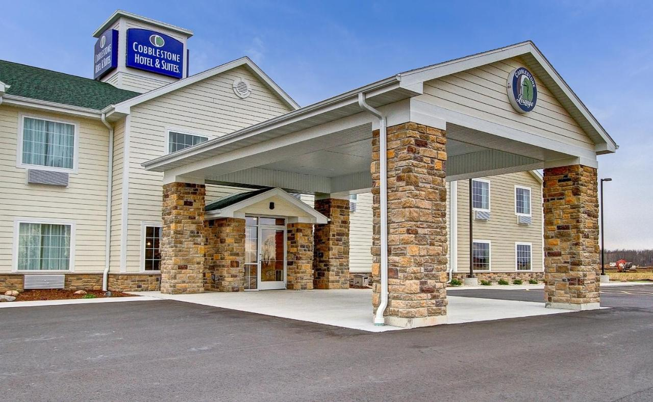 Hotels In Pulaski Wisconsin