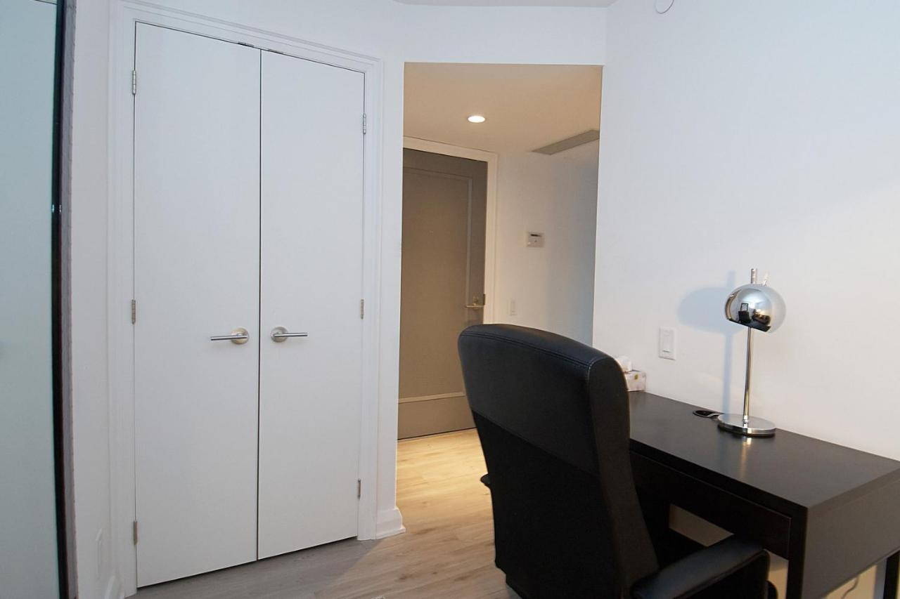 Apartment Whitehall Suites - Yorkville, Toronto, Canada - Booking.com
