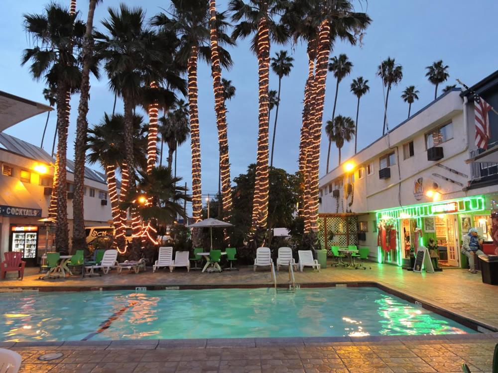 Hostels In Carson California