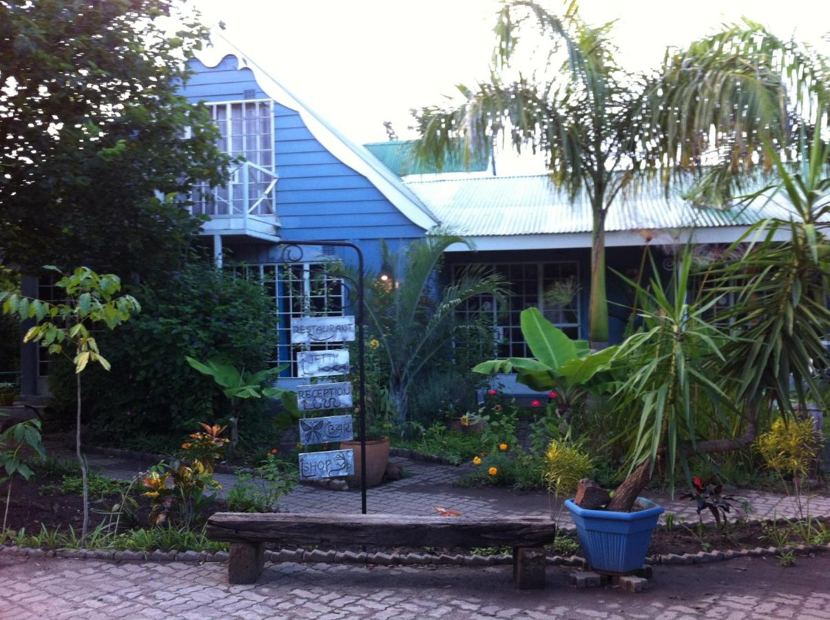 Bed And Breakfast The Old House Kasane Botswana Booking Com