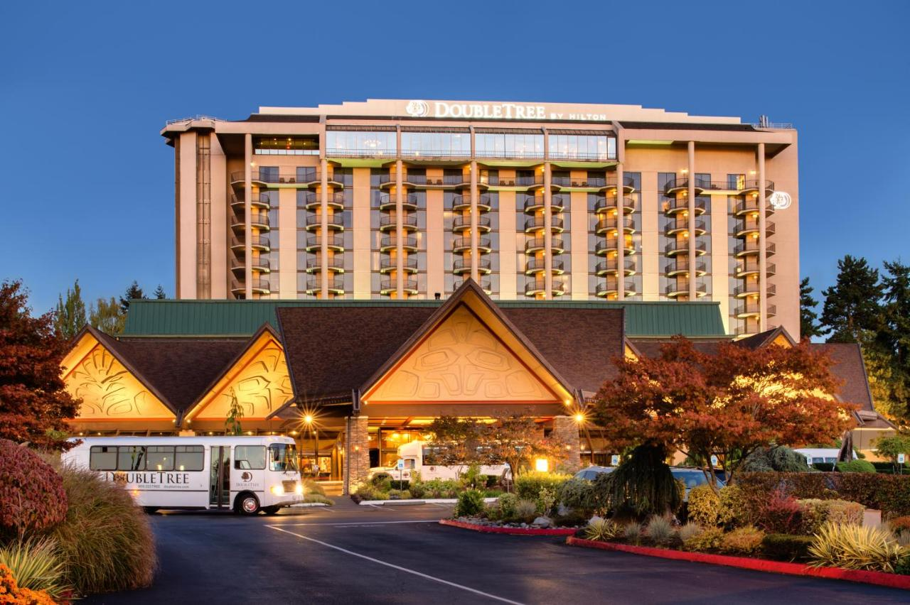 DoubleTree by Hilton Seattle Airport, SeaTac – Updated 2018 Prices