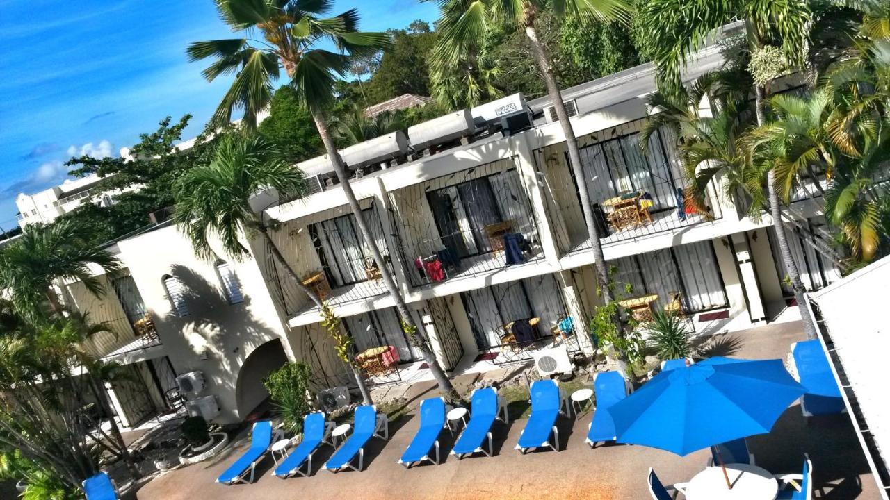 Hotels In Saint Michael