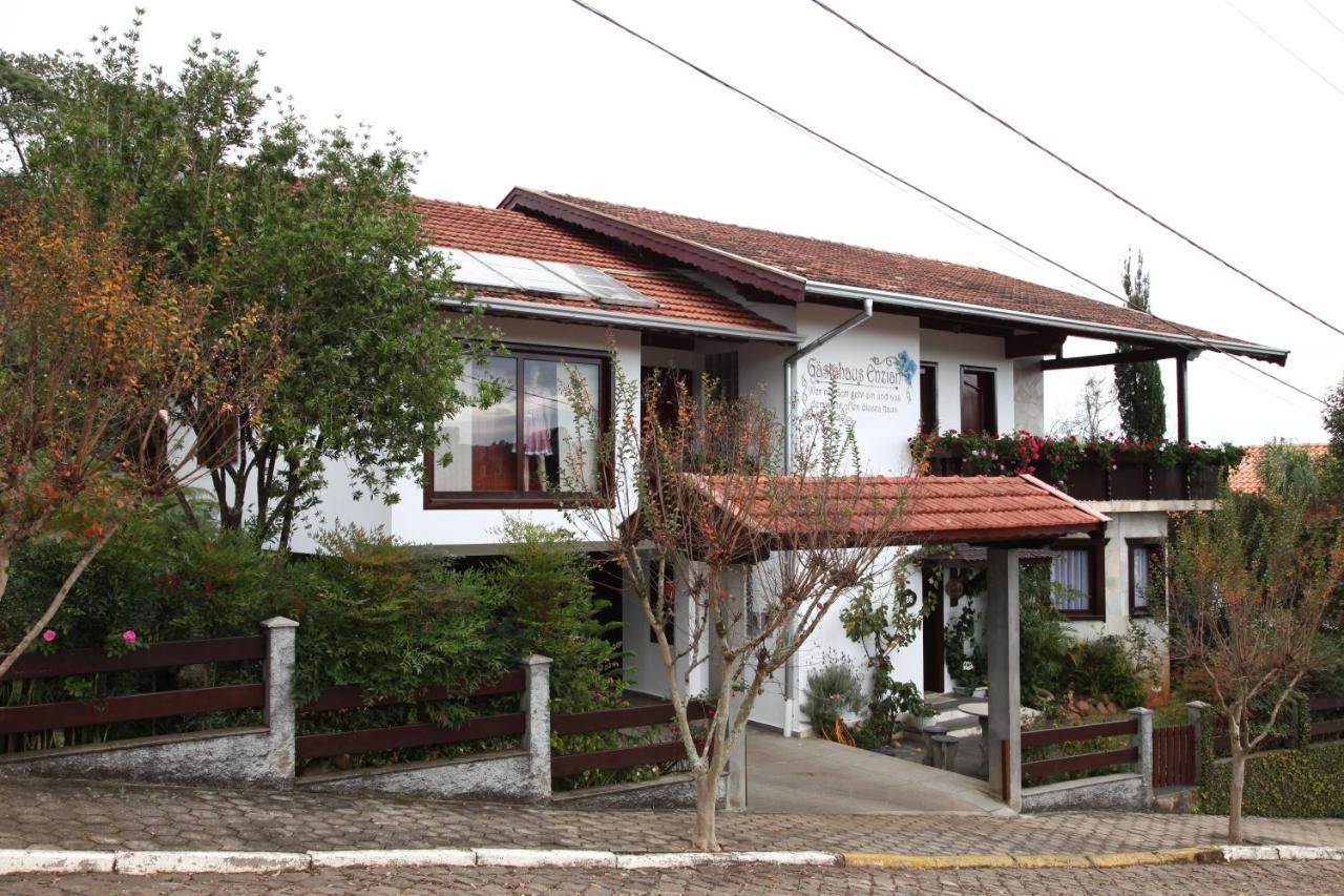 Guest Houses In Ibicaré Santa Catarina