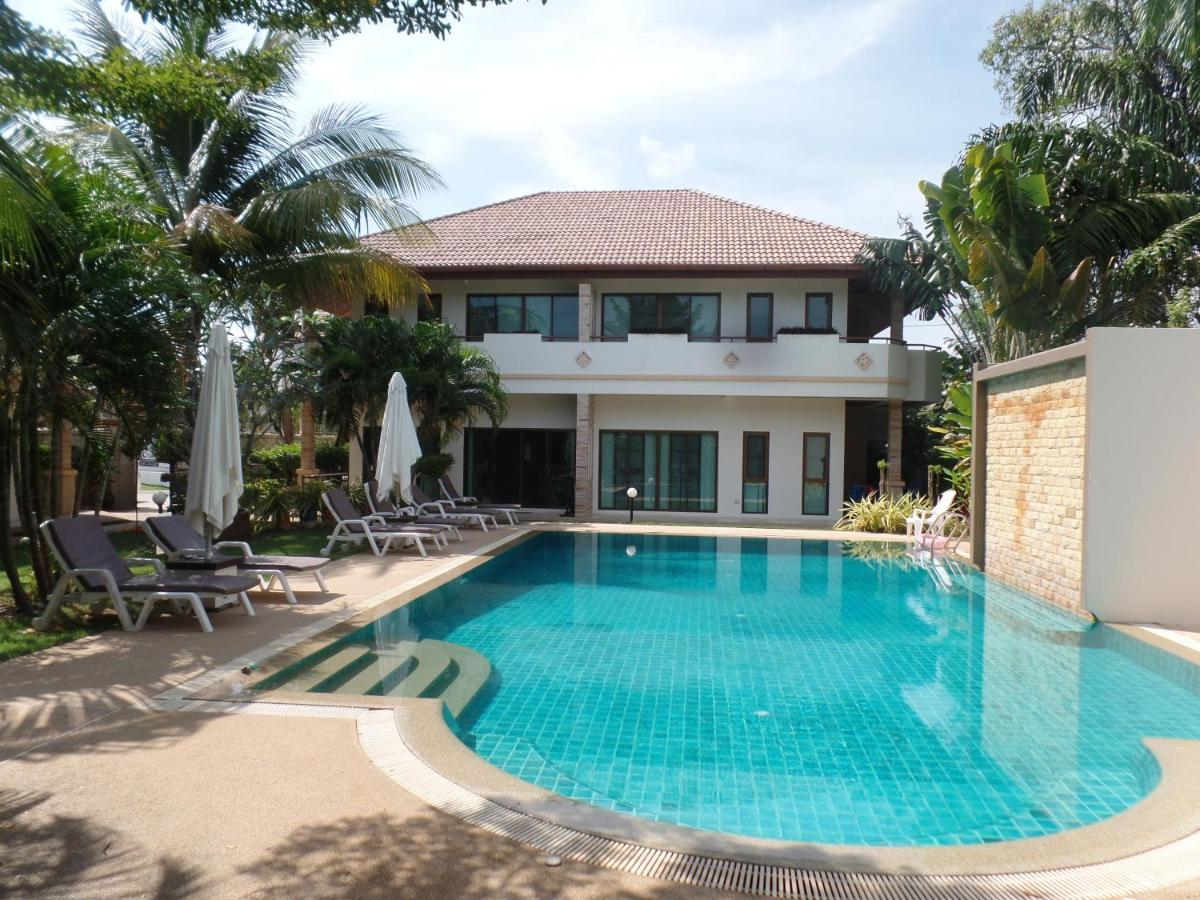 Resorts In Nai Harn Beach Phuket Province