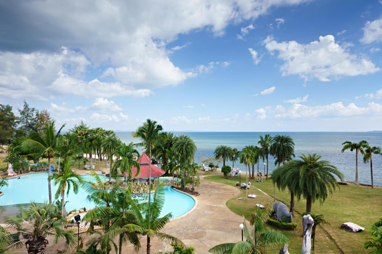 Resorts In Ko Munnork Rayong Province