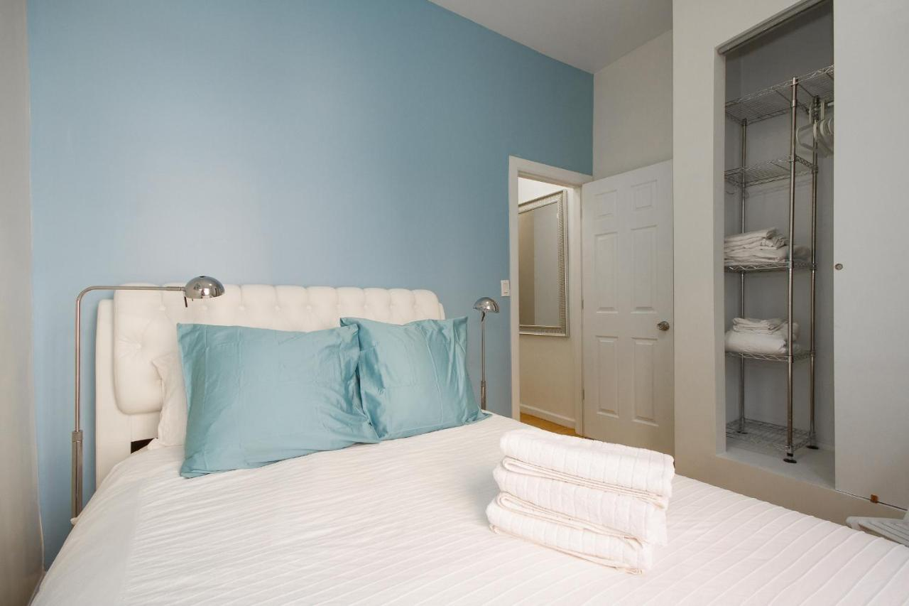 Apartment Times Square Amazing 2 Bedroom, New York City, NY ...