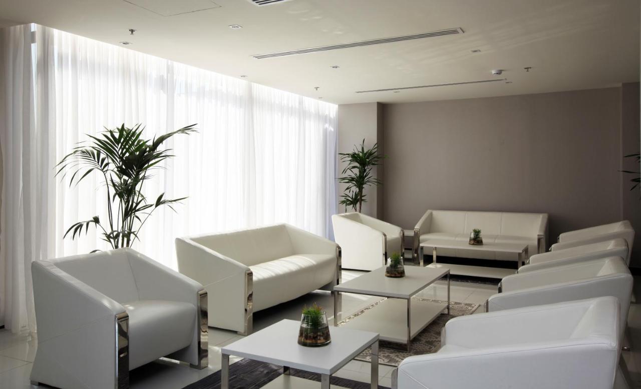 Hotel Golden Tulip Al Khobar Suites, Saudi Arabia - Booking.com