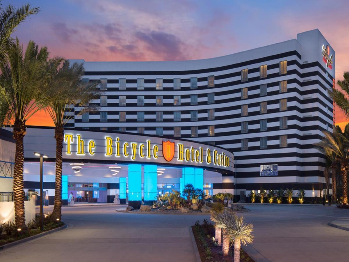 Centre commercial nimes casino wild horse pass casino poker schedule