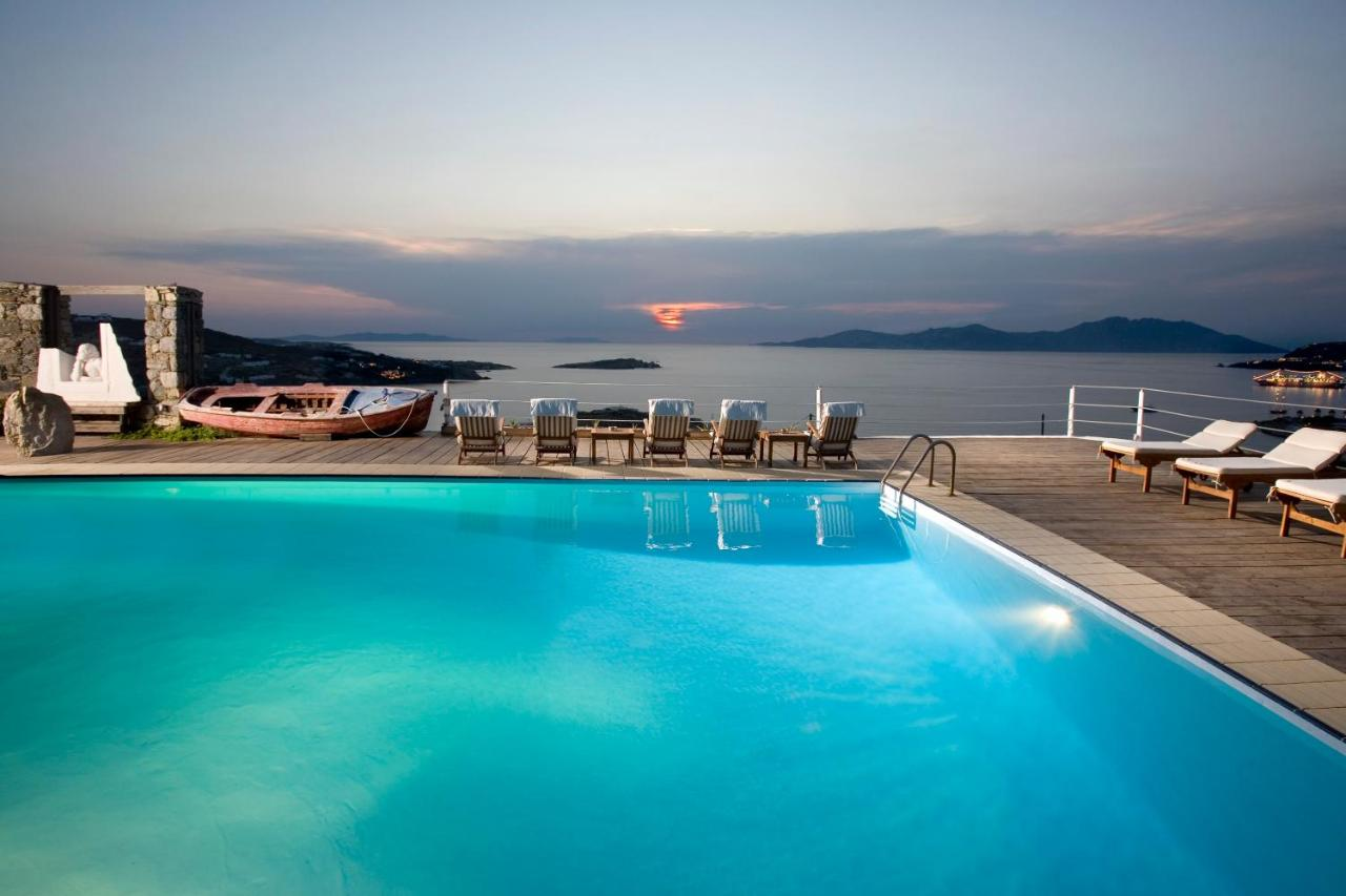 Tharroe of Mykonos Boutique Hotel in Mykonos - One of the best 5 star hotels in Mykonos