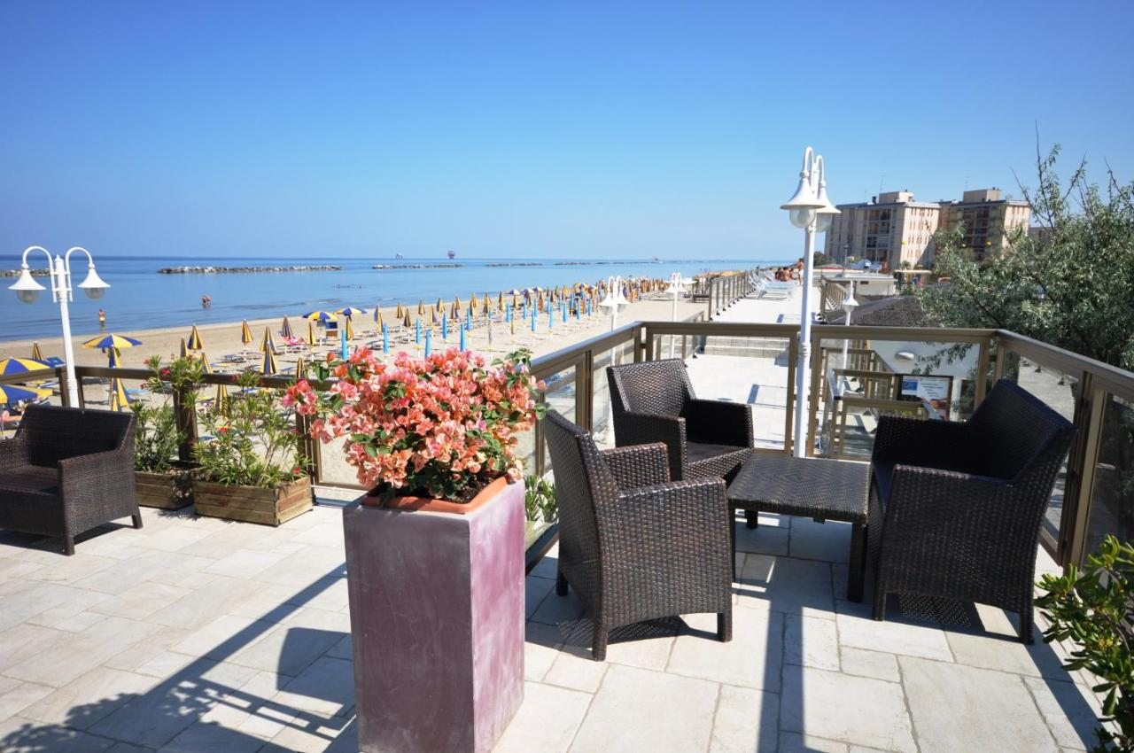 Grand Hotel Azzurra Club Italien Lido Adriano Booking Com
