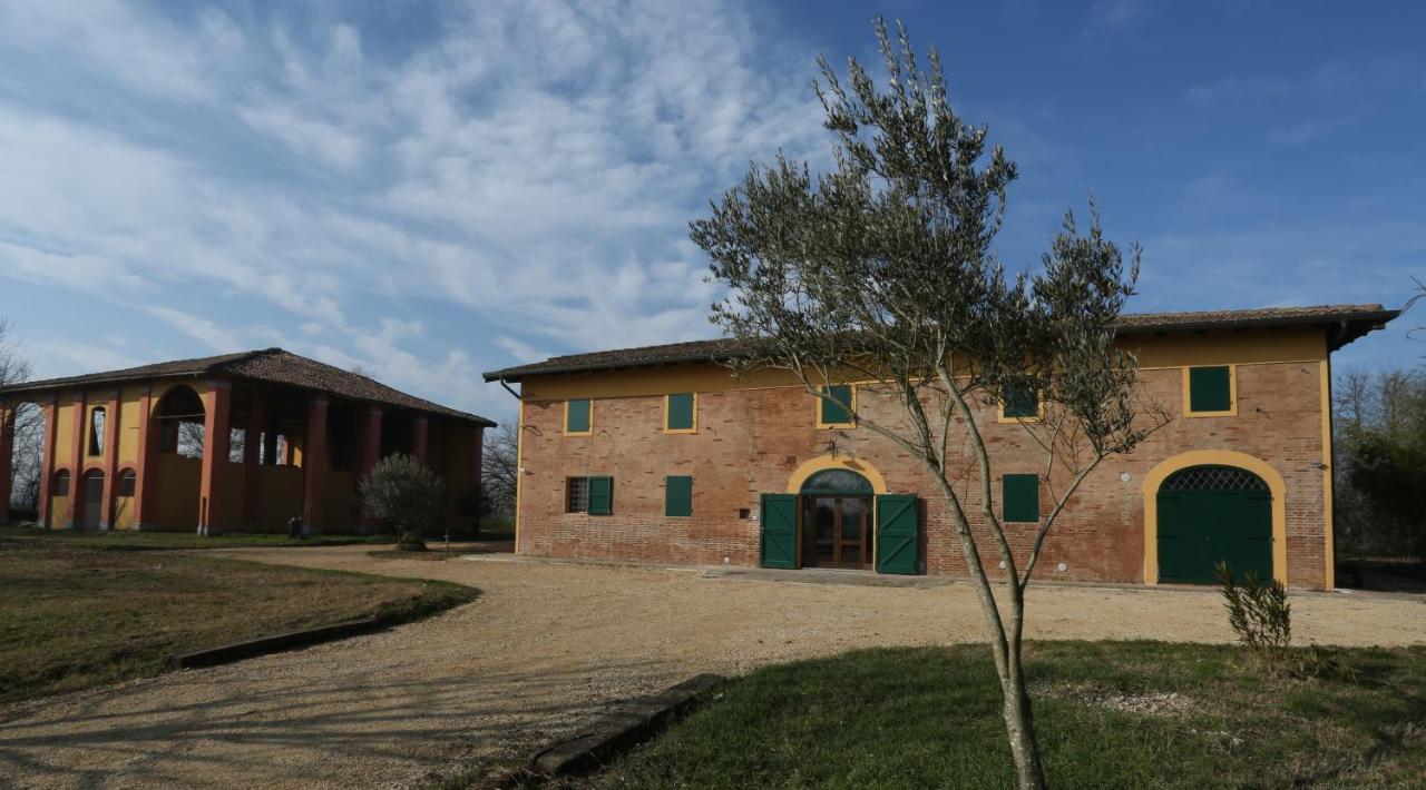Guest Houses In Altedo Emilia-romagna