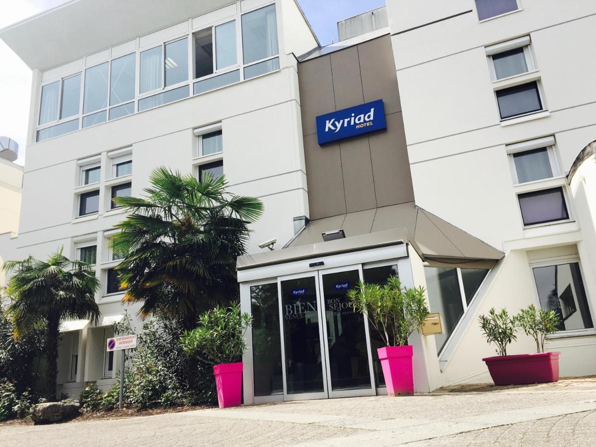 Hotels In Saint-christophe Rhône-alps