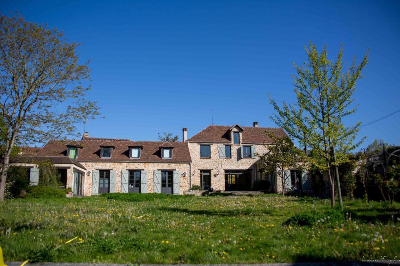 Guest Houses In Saint-germain-lès-corbeil Ile De France
