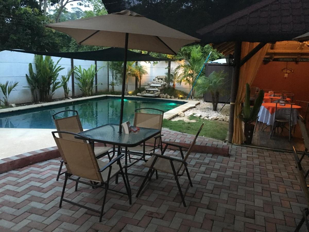 Guest Houses In Laguna Puntarenas