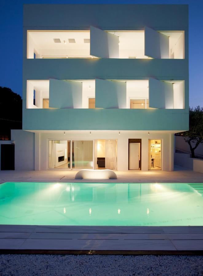Дом в остров Порто Рафти продажа