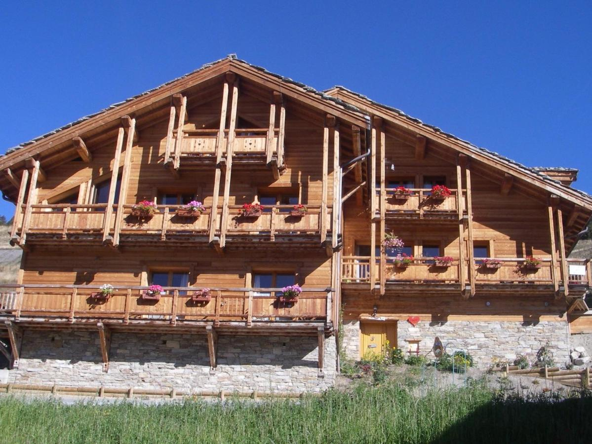 Bed And Breakfasts In Villar-saint-pancrace Provence-alpes-côte D