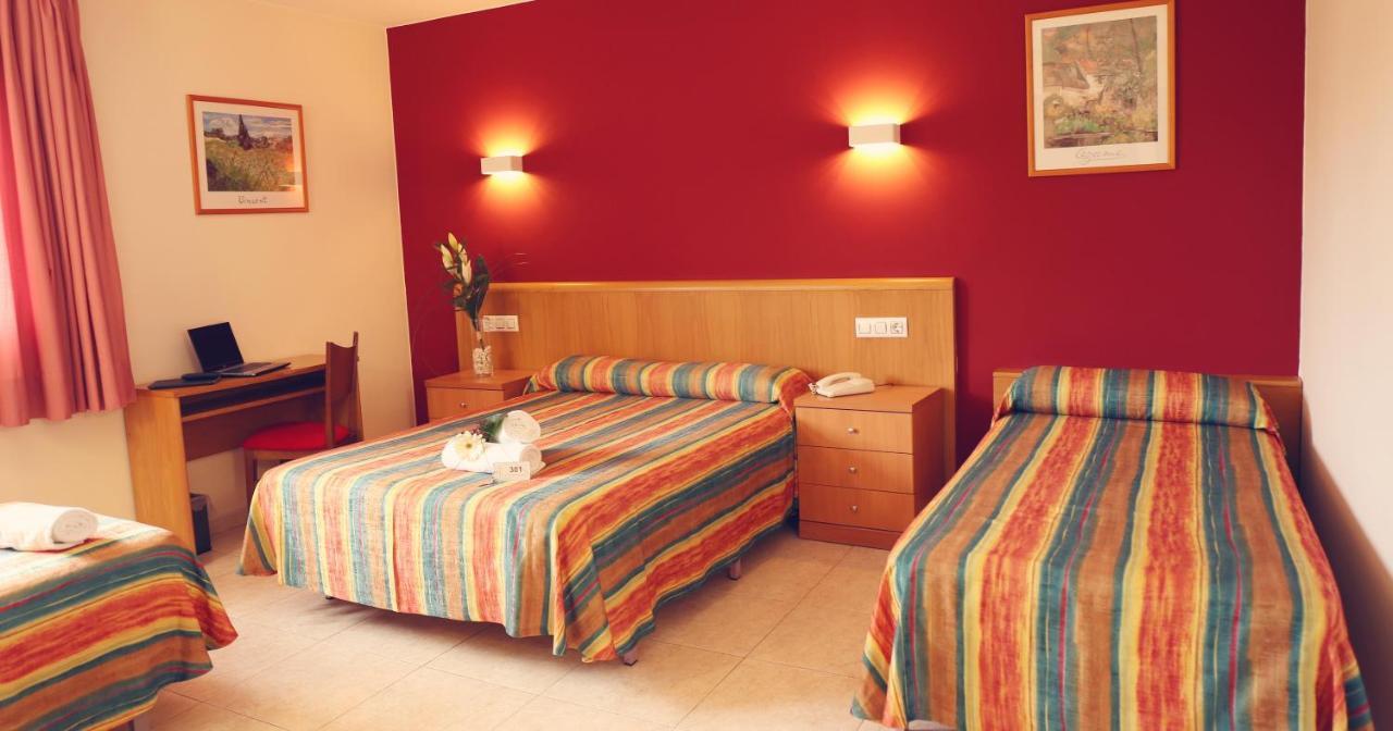 Hotels In Castillo De San Fernando Catalonia