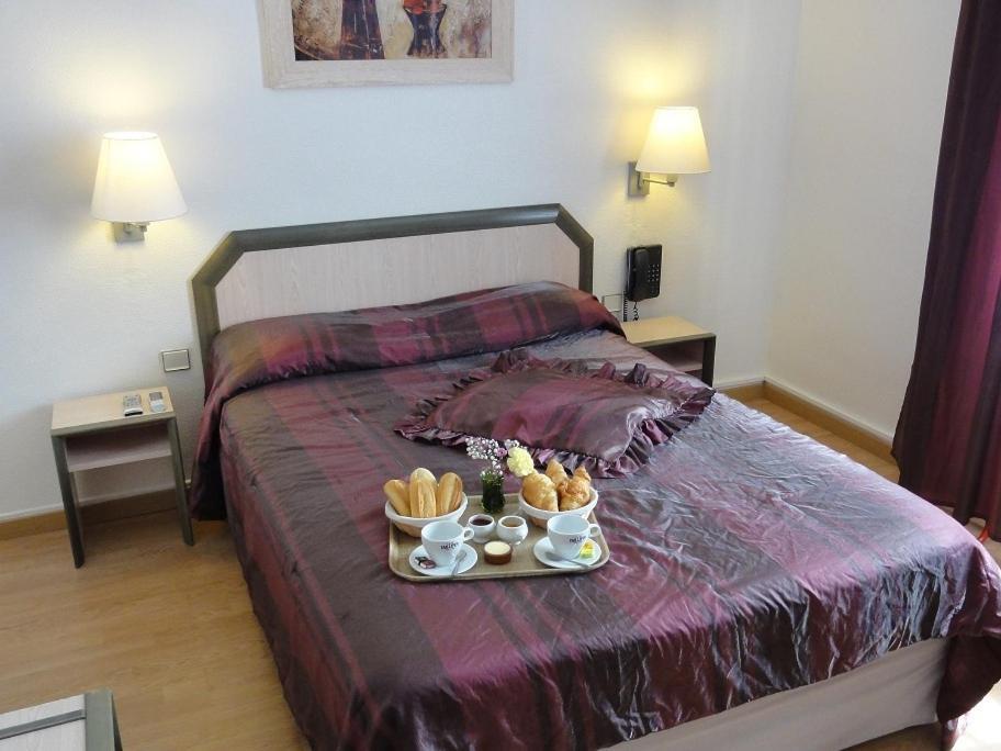 Hotels In Port-sainte-marie Aquitaine