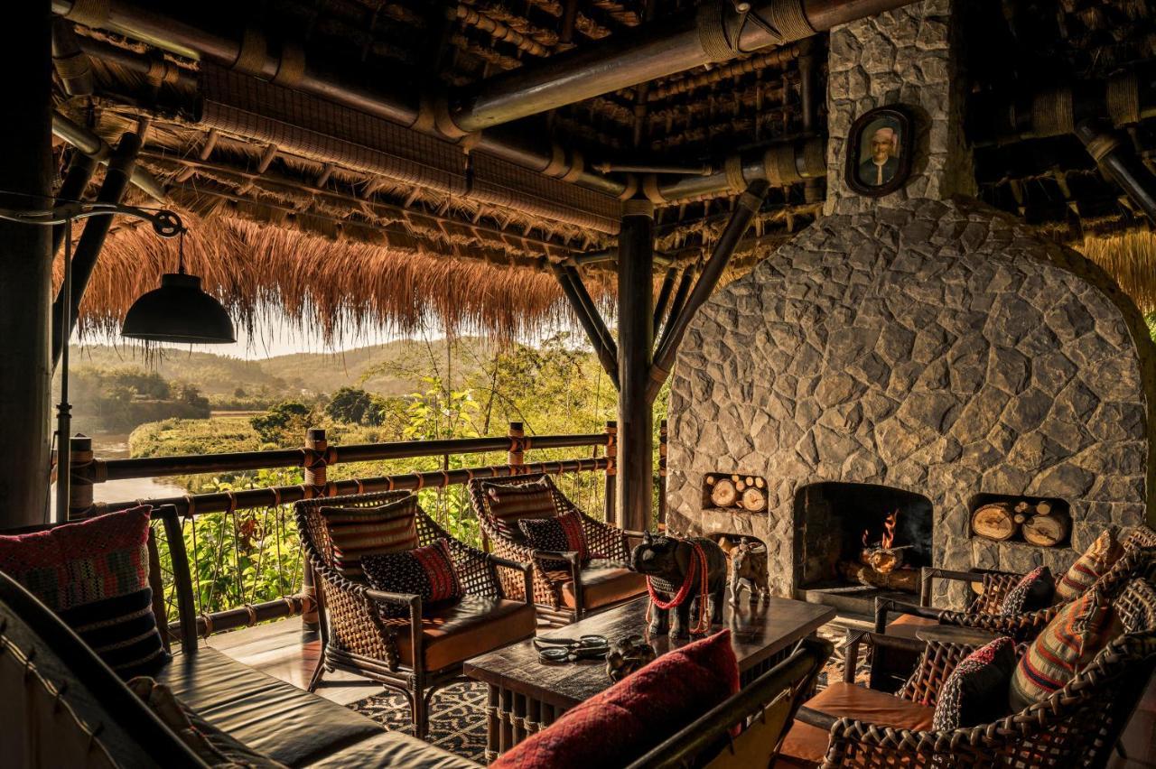 resort four seasons golden triangle thailand booking com