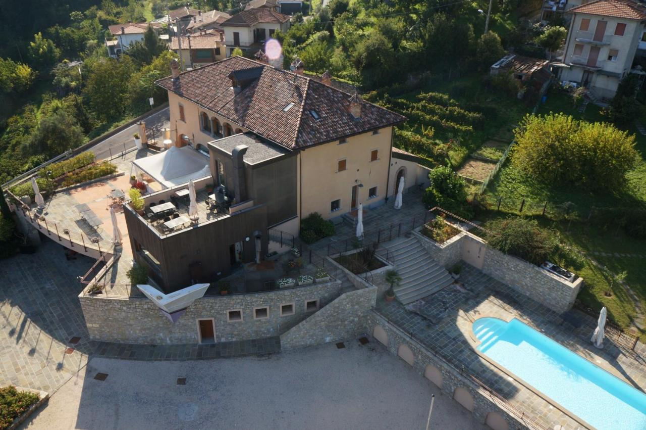 Guest Houses In Adro Lombardy