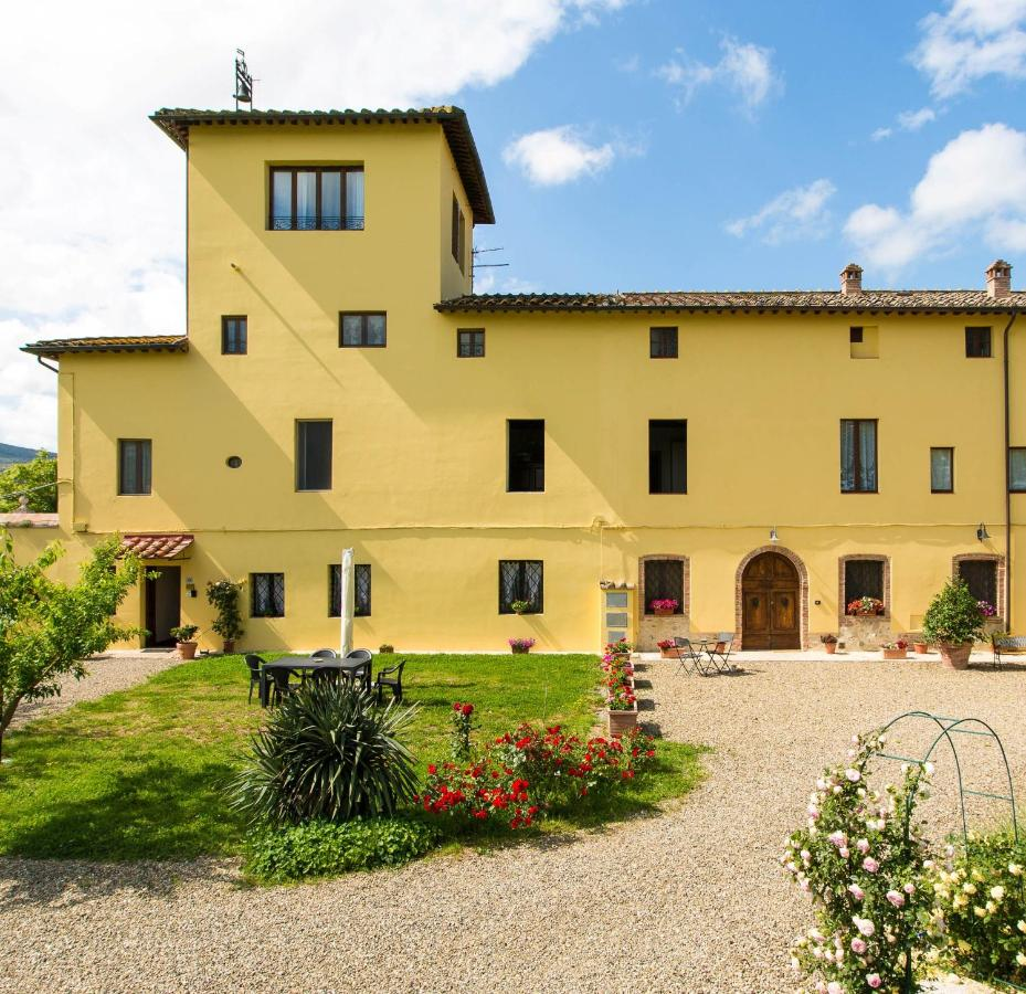 Guest Houses In Ampugnano Tuscany