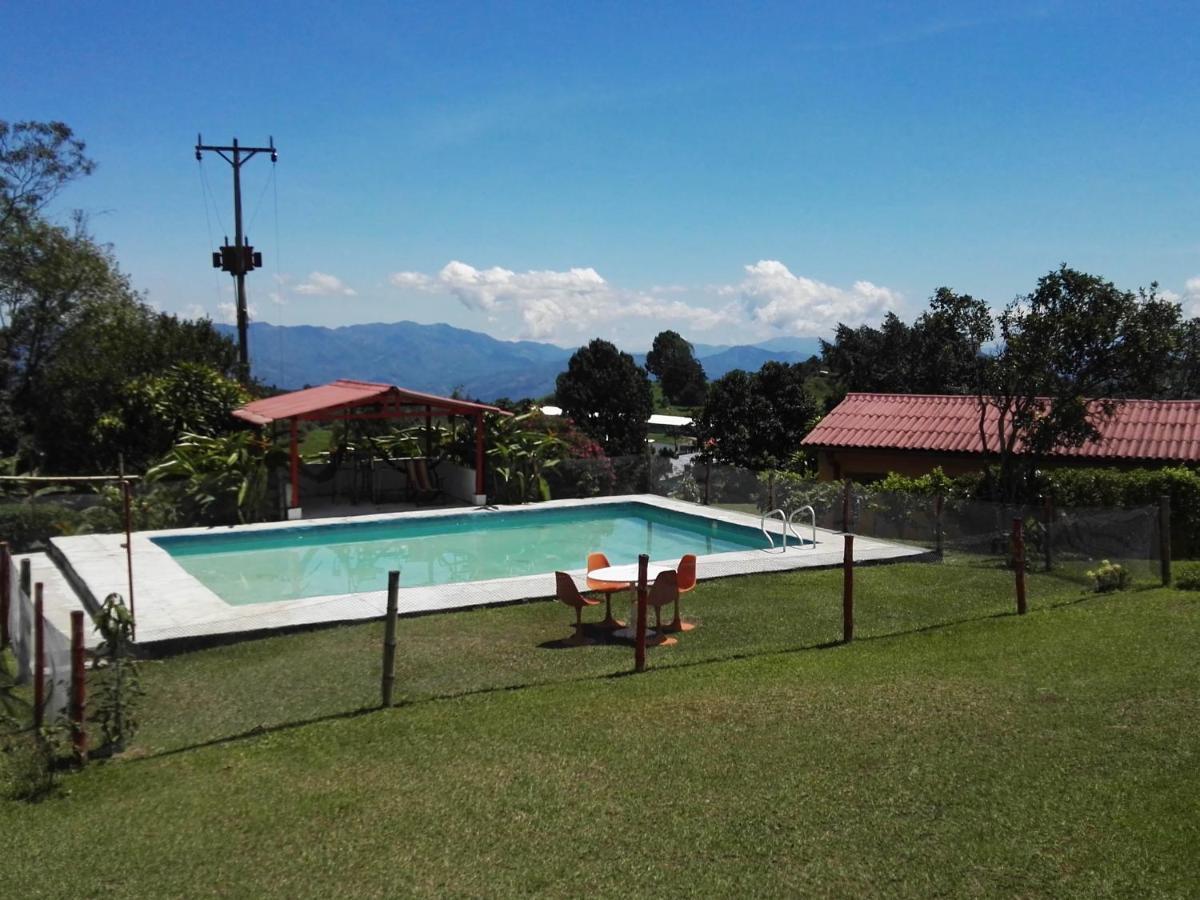Hostels In Guayabal De Síquima Cundinamarca