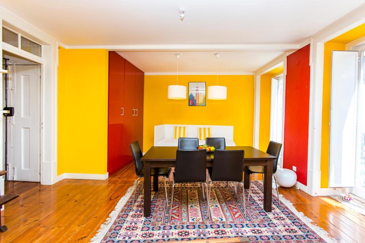 Apartment Santa Catarina Full Colour, Lisbon, Portugal - Booking.com