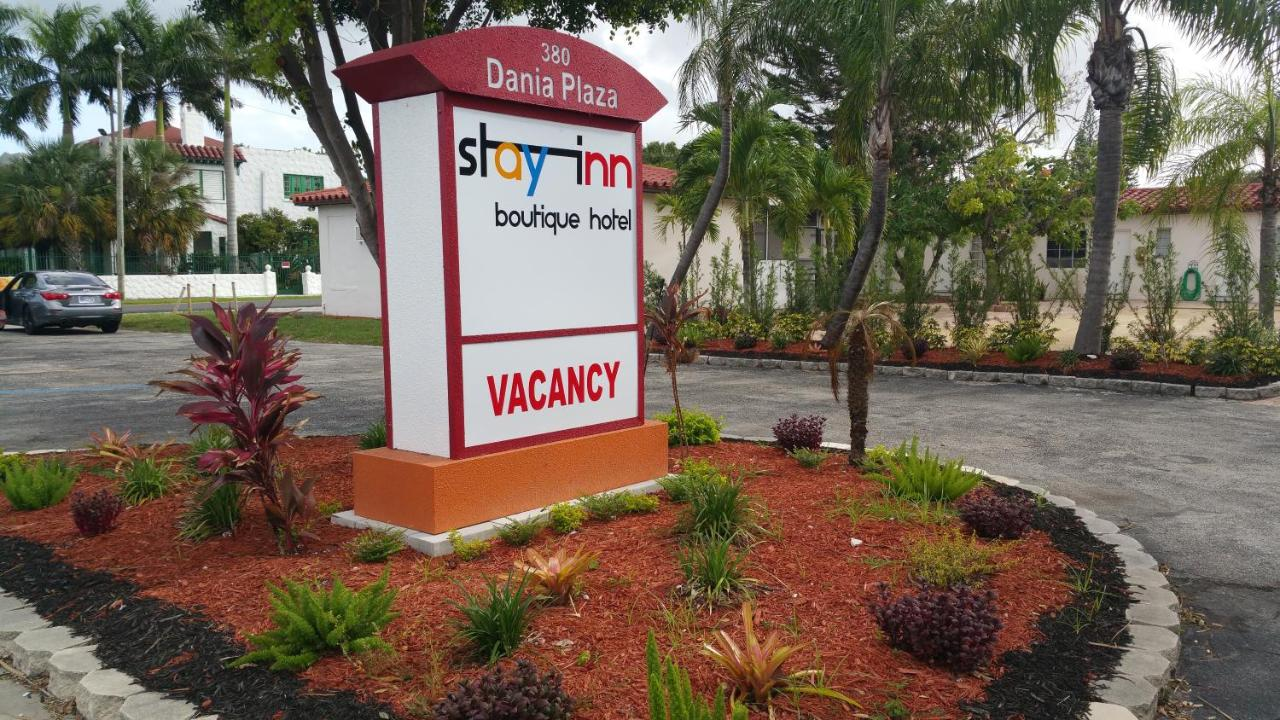 Hotels In Port Laudania Florida
