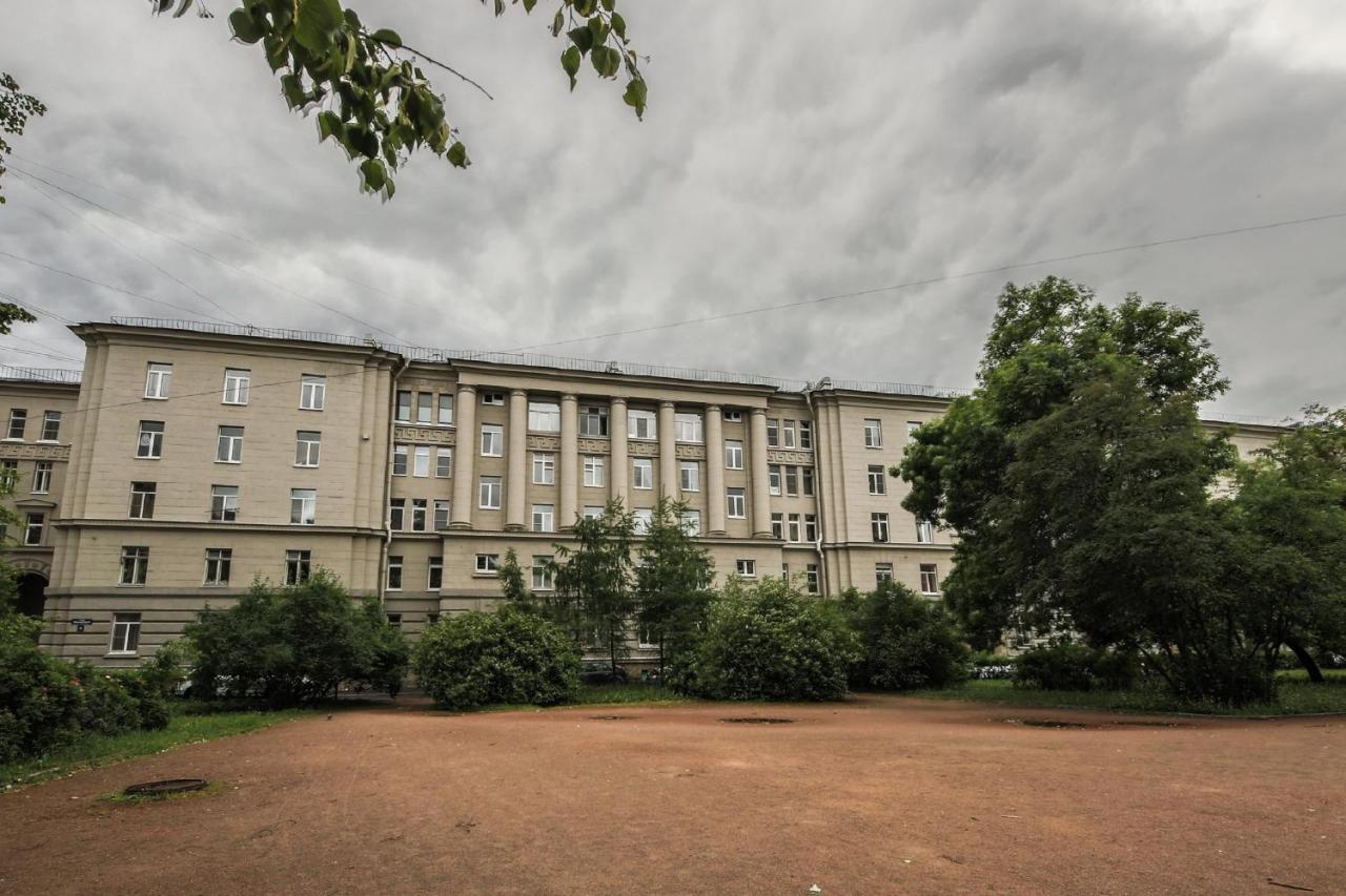 Досуг Чернышевского площадь проститутки питера элитные индивидуалки