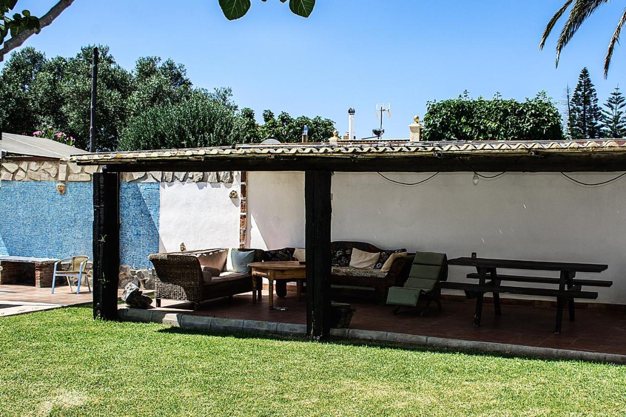 Hostal o pensión Complejo Vacacional Los Cortijillos (España Conil de la Frontera) - Booking.com