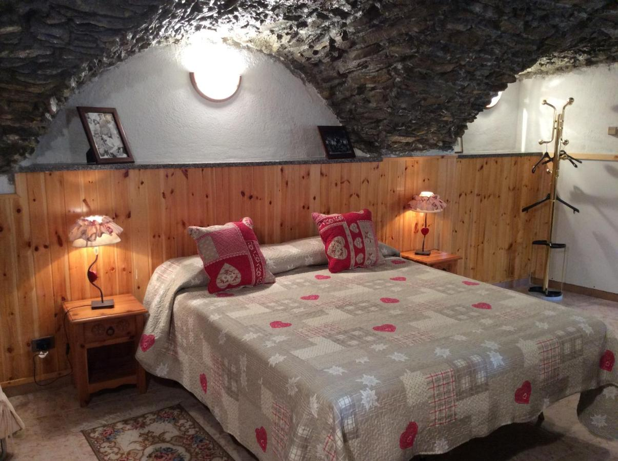 Bed And Breakfasts In Allein Valle D