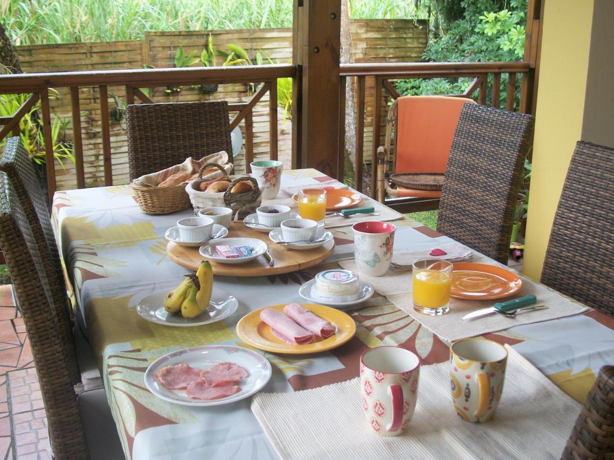 Alojamento de Acomodação e Pequeno-almoço LE RUBINJO 2 (Reunião on