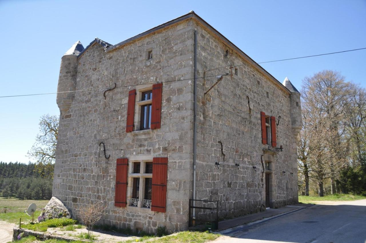 Bed And Breakfasts In Saint-julien-molhesabate Auvergne
