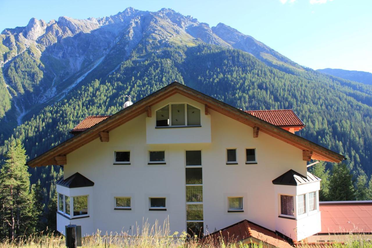 Apartment Haus Julia, Spiss, Austria - Booking.com