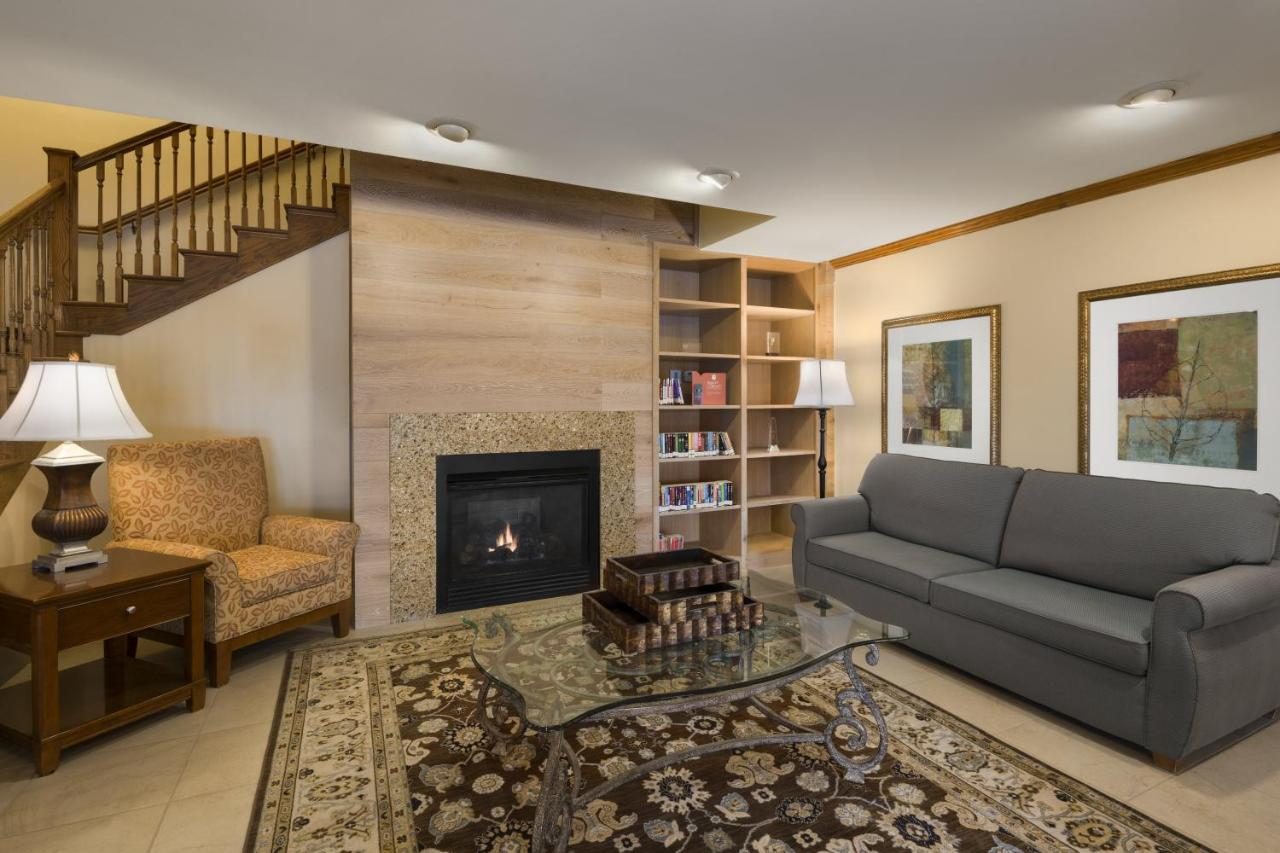 Country Inn & Suites by Carlson - O, Owatonna, MN - Booking.com
